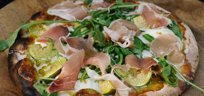 Fig, Prosciutto & Rocket Pizza